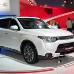 ������, ������: Mitsubishi Outlander
