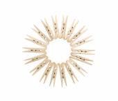 Clothespins line up in circle  — Stock Photo