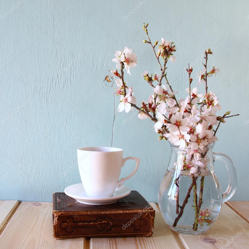 книга белые цветы скачать