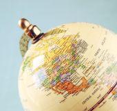Närbild på gamla vintage globe — Stockfoto