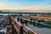 Sunset on the High Line — Стоковое фото