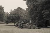 Monmouth Battle field with broken wooden fence — Stock Photo