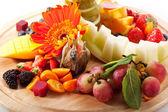 фрукты с ягодами — Стоковое фото