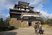 Tourists visit Matsue samurai feudal castle — Stock Photo