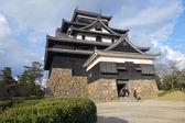 Tourists visit Matsue samurai feudal castle — Stock Photo