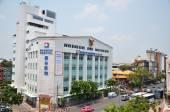 Exterior view of Bangkok Hospital in Chinatown, Bangkok — Stock Photo