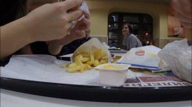 The restaurant Burger King — Stock Video