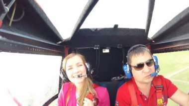 The pilot and passenger, small aircraft. Panoramic flight. The camera in the cockpit — Stock Video