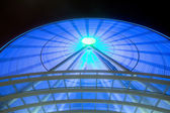 Giant Blue Wheel — Stock Photo
