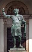 Estatua de bronce de los romanas Emperor Constantine — Foto de Stock