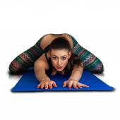 Portrait pf beautiful woman posing and stretching on fitness — Stock Photo