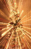 Christmas tree with decorations and lights — Stock fotografie