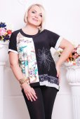 Blond plus size woman in clothes — Стоковое фото