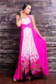 Beautiful woman in stylish elegant dress — Stockfoto