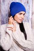 Brunette woman in winter hat — Stock Photo