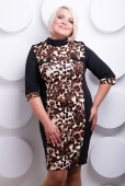 Plus size woman in stylish clothes — Stock Photo