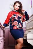 Woman in stylish trendy dress — Stockfoto