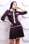 Beautiful woman in trendy dress — Stock Photo