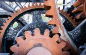 Original Gear Mechanism For Raising Lowering Murray Morgan Drawbridge — Stok fotoğraf