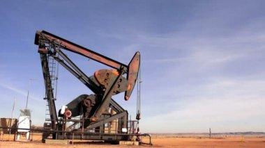 North Dakota Oil Pump Jack Fracking Crude Extraction Machine — Stock Video