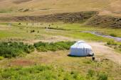 Kazakh yurt in Assy plateau — Stock Photo
