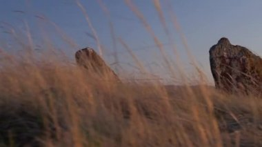 Hakaskie ritual ancient stones — Stock Video