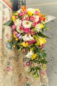 Bouquet of flowers carrying a faller for the offering of the Vir — Stock Photo