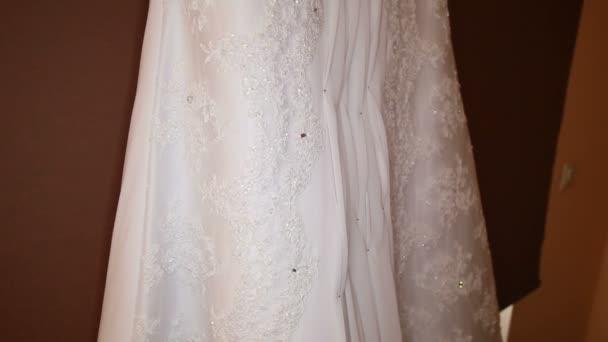 White elegant wedding dress — Vidéo