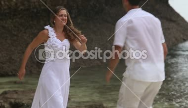 Beautiful bride and groom — Stock Video
