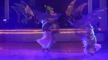 Two young girls dancing — Stock Video