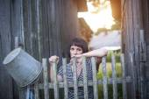 Woman near farmhouse — Foto de Stock