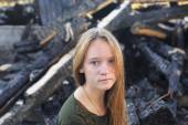 Girl after conflagration — Stock Photo