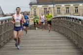 Participantes no identificados del maratón internacional de cracovia — Foto de Stock