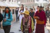 Pilgrims near stupa Boudhanath — Stock Photo