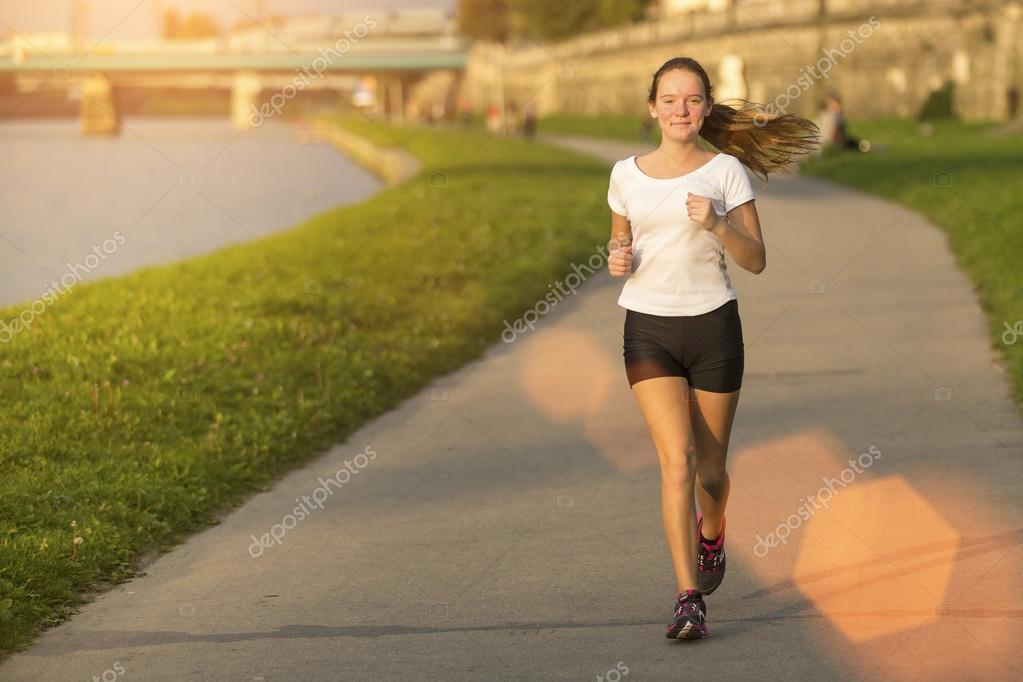 images of girls jogging № 13171
