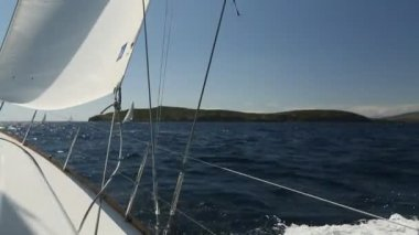Sailboat in the calm sea. Sailing. Luxury yachts. — Stock Video