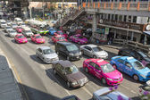 Rush hour in centrum van de stad — Stockfoto