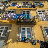 Drying clothes in Porto — Stock Photo