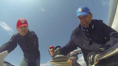 Sailors participate in regatta — Stock Video