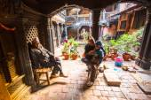 Poor people in  house in Nepal — Stock Photo