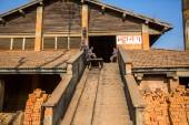 People work at  Brick Factory in  Nepal — Stock Photo