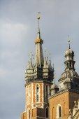 Igreja mariacki em cracóvia. — Fotografia Stock
