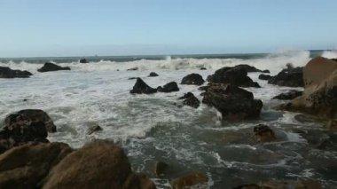 Atlantic ocean surf — Stock Video