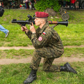 Polish soldier during demonstration of the military — Stock Photo