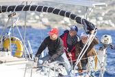 Námořníci se účastní plachetnic — Stock fotografie