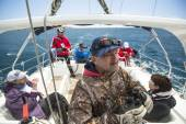 Sailors participate in sailing regatta — Stock Photo
