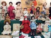 "Antique dolls. The 5th Moscow International Exhibition of Collectible Dolls ""Art of Dolls"". December, 2014. — Stockfoto"