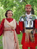 "The participants of the international festival ""Times and epochs. Ancient Rome"" in the park-reserve Kolomenskoye in Moscow. — Stock Photo"