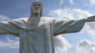 Famous statue of the Christ the Redeemer, in Rio de Janeiro, Brazil — Stock Video