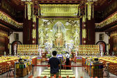 The Buddha Tooth Relic Temple & Museum in Singapore — Stock Photo